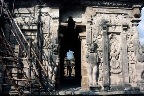 Kailasanatha de Kanchipuram, pavillon des déesses, vue du sud, en 1999 © Padma Kaimal